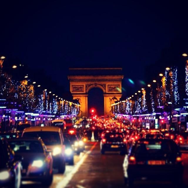 Champs-Élysées - Arc de Triomphe
