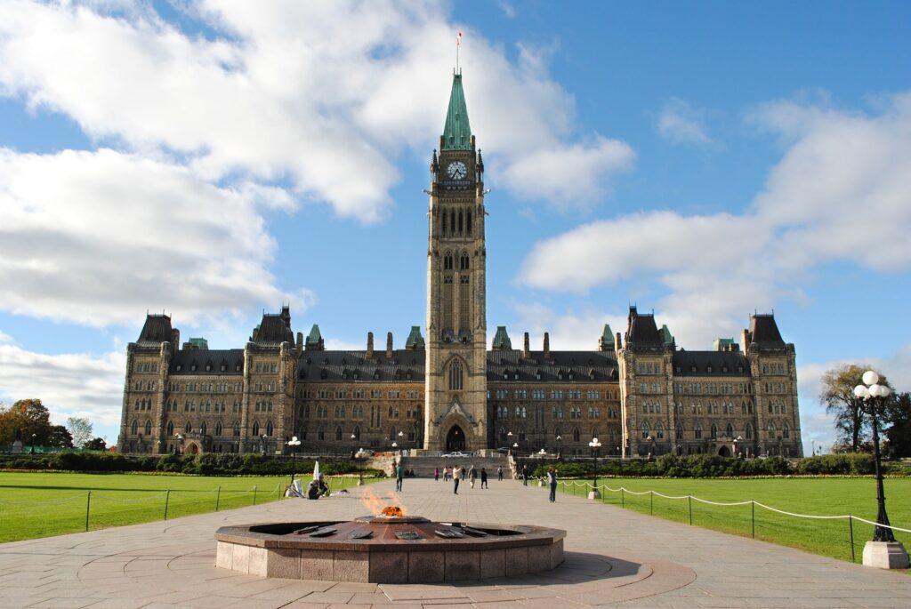 colline Parlement - Parlement du Canada