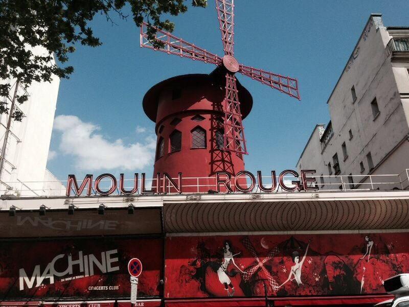 Passer une soirée au Moulin Rouge