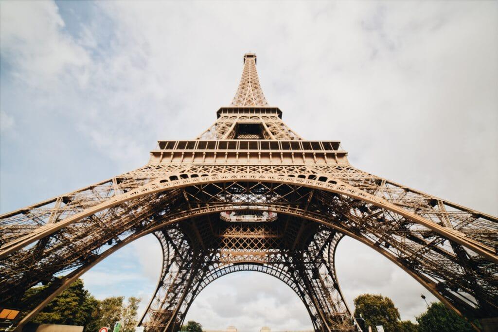 Gravir la Verticale de La Tour Eiffel