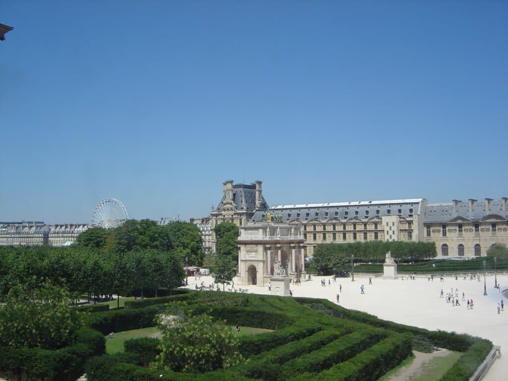 Louvre Museum - Jardin des Tuileries