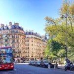 Pourquoi devriez-vous faire un tour en bus panoramique à Paris ?