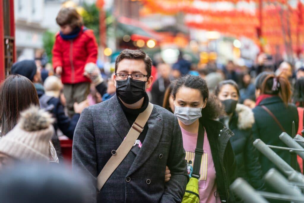 Voyager durant la pandémie de coronavirus : est-ce prudent ?