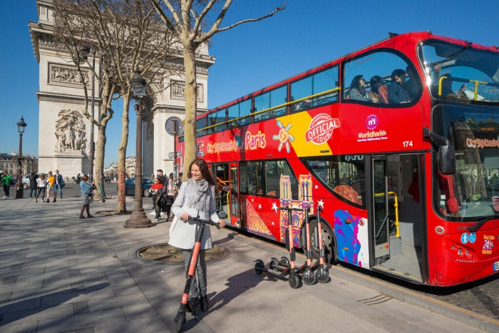 Les bus City Sightseeing Paris