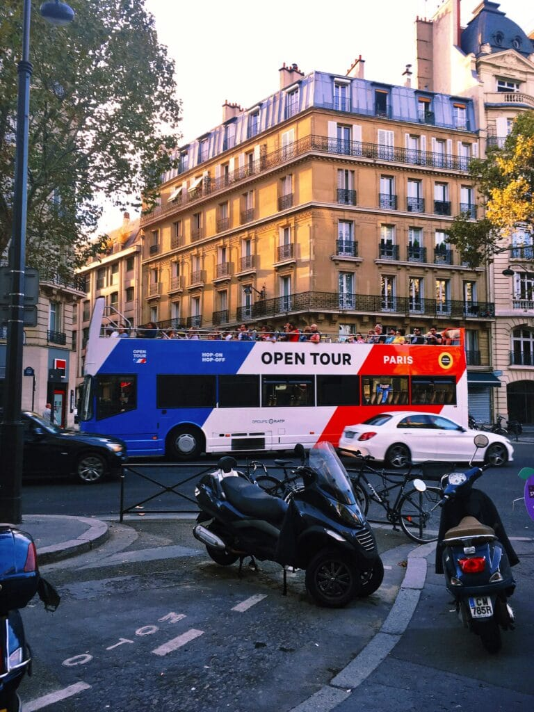 Les bus Paris Open Tour