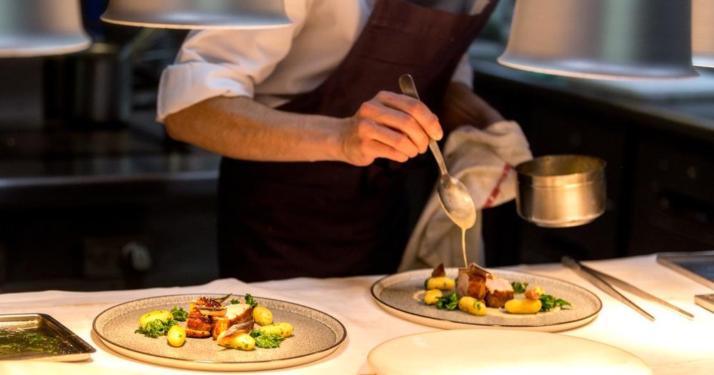 Paris et sa cuisine à portée de main