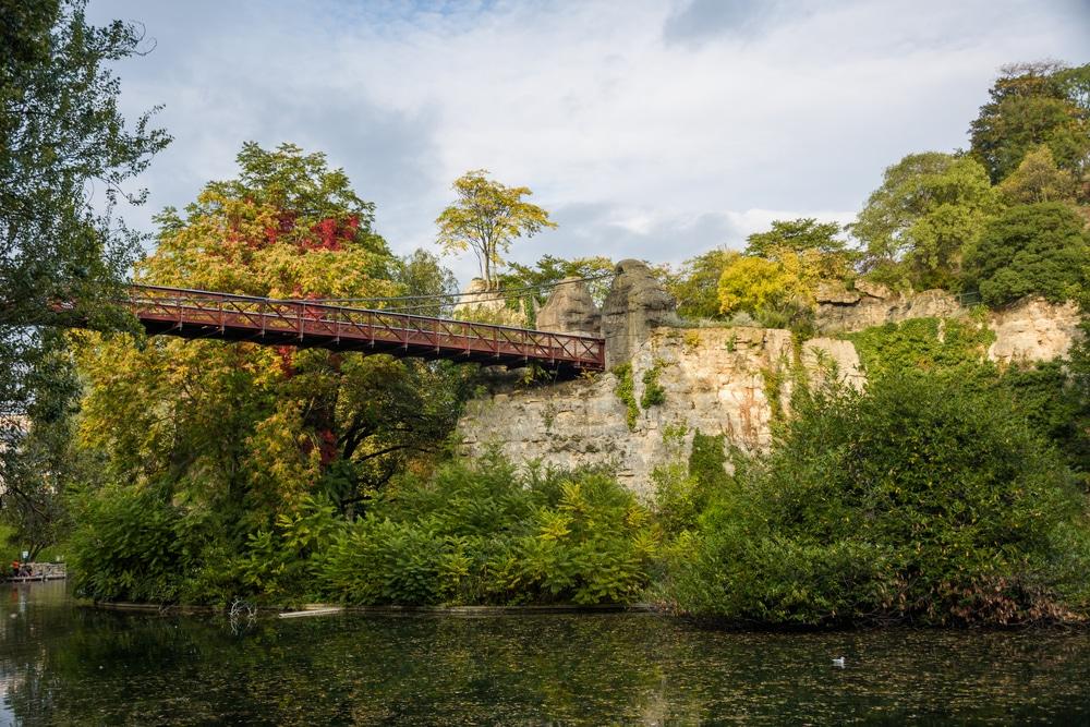 Parc des Buttes-Chaumont - Parc urbain