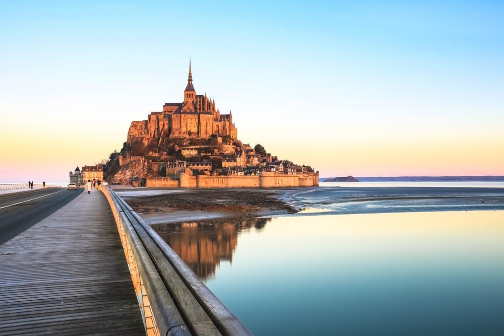 Le Mont-Saint-Michel et son histoire
