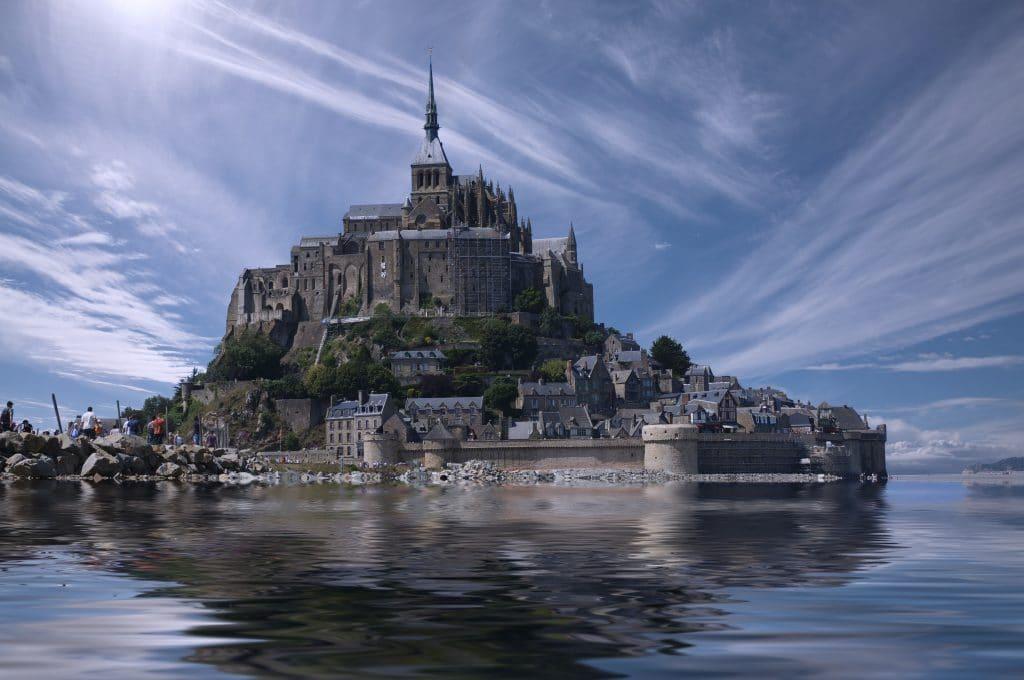 Abbatiale du Mont-Saint-Michel - Mont Saint-Michel & Normandy
