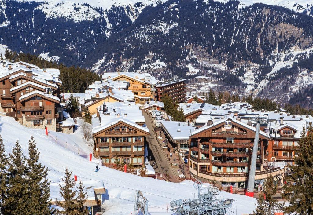 Où se situe la station de ski Courchevel ?