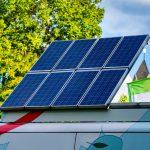Être autonome en camping-car : pourquoi et comment réaliser l'installation photovoltaïque ?