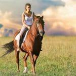 Quels sont les bienfaits d'une randonnée à cheval?