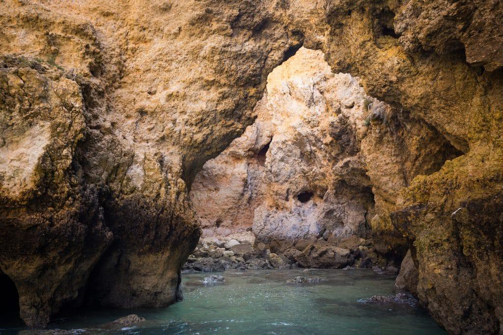 Les grottes de Ponta Piedade