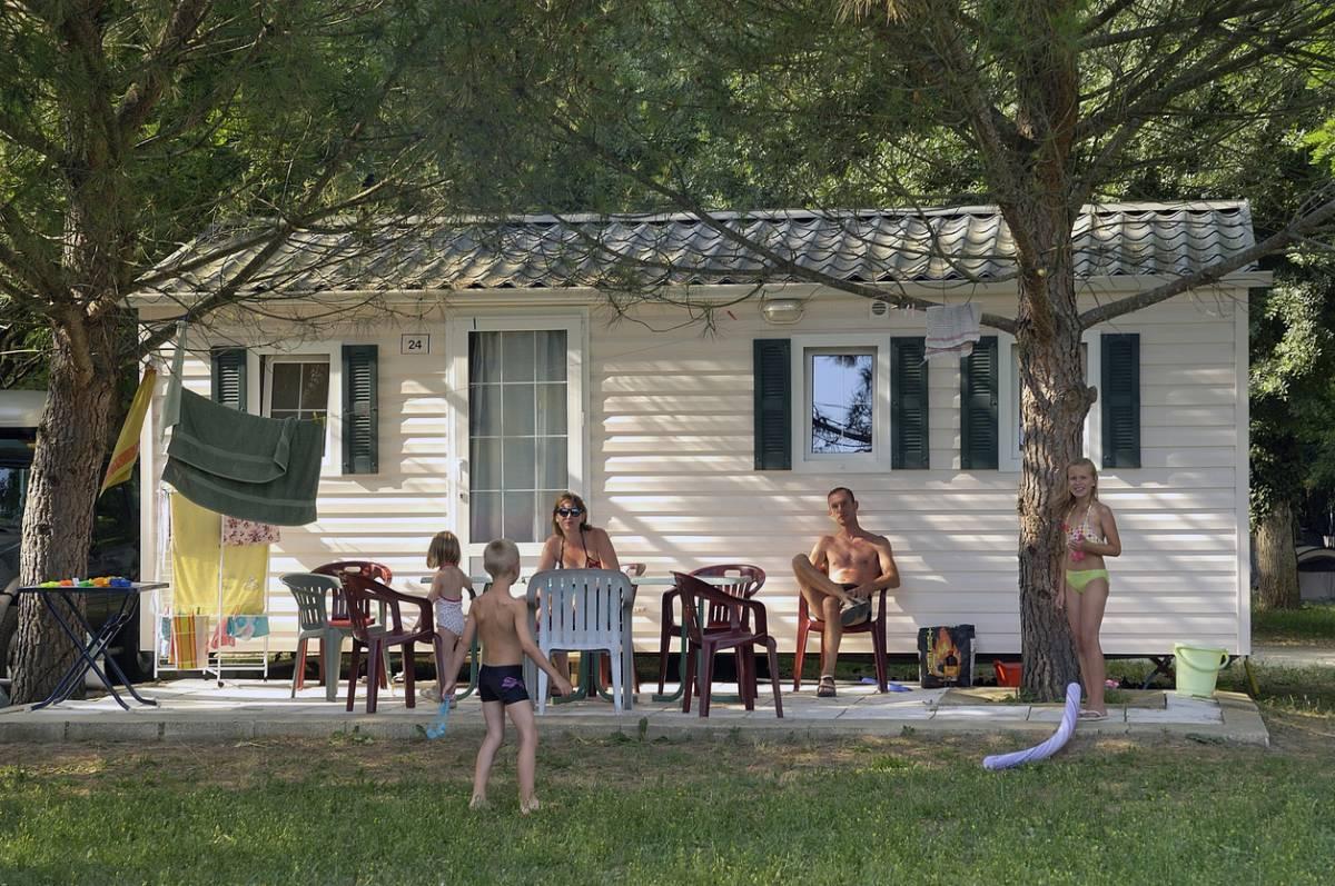 Camping : sur quoi faire des économies pour les vacances d'été ?