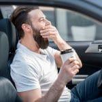 Départs en voyage : le café pour éviter la somnolence au volant